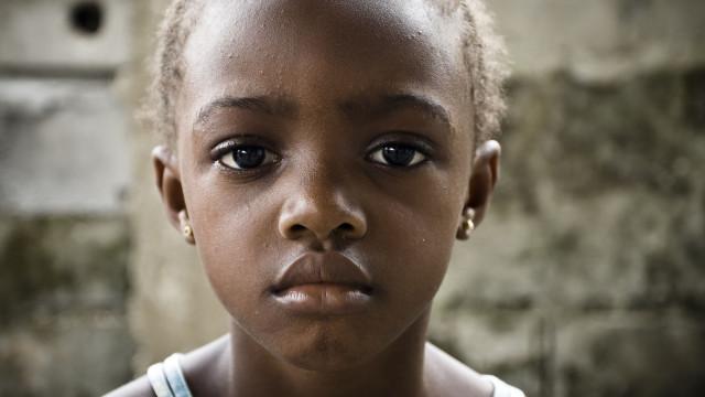 A cada três minutos uma rapariga é infectada pelo VIH, diz a UNICEF