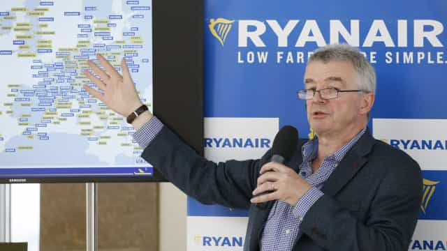 CEO da Ryanair renuncia a bónus salarial de um milhão de euros