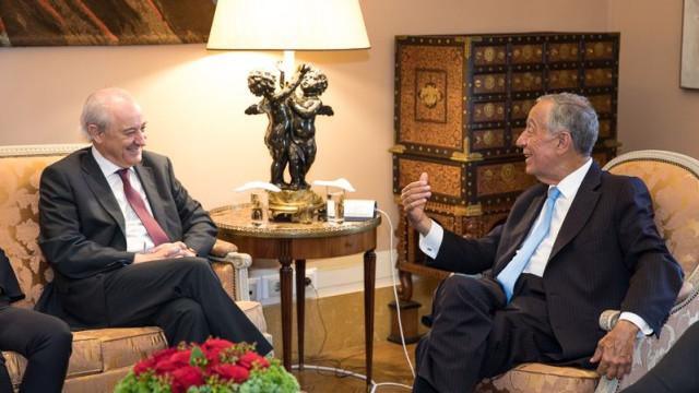 """PSD aponta 6 de outubro como """"data mais equlibrada"""" para legislativas"""