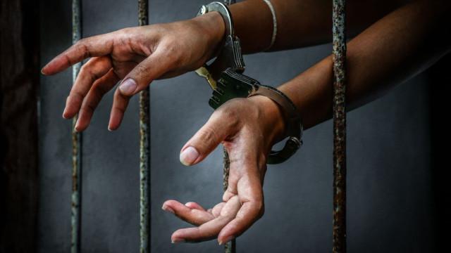 Prisão preventiva para agressor que ameaçou companheira com arma de fogo