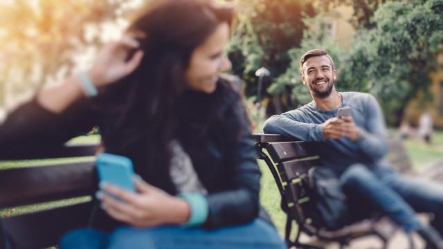 'Micro-traição' o que é e como pode influenciar o seu relacionamento