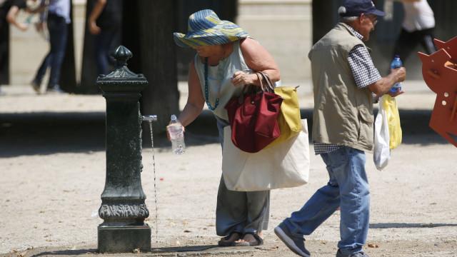 Aviso vermelho de calor em 11 distritos mantém-se até ao final de domingo