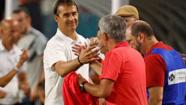 Lopetegui deixa elogio ao plantel e responde a Mourinho