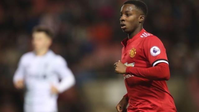 Esteve no Manchester United e agora mudou-se para o... Feirense