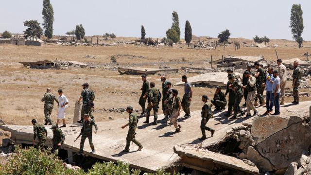 Exército sírio mais perto de reconquistar todo o sul do país