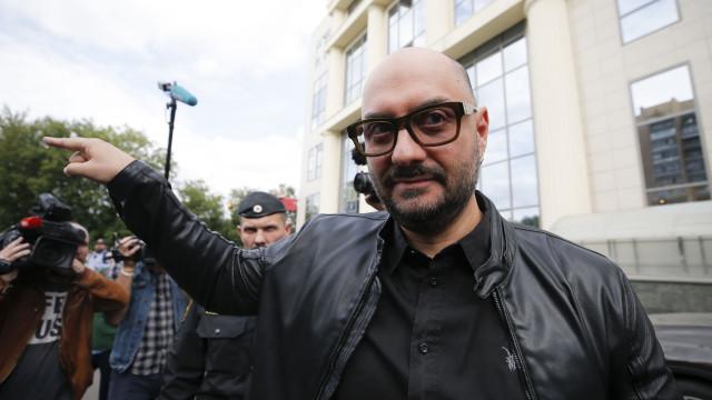 Kirill Serebrennikov foi condecorado hoje em França