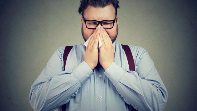 """Obesidade aumenta """"risco de morte por gripe"""" e de contágio"""