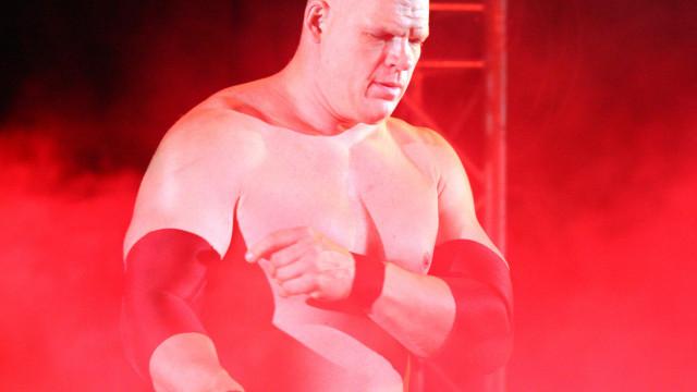 Da WWE para a política. Kane eleito mayor no Tennessee