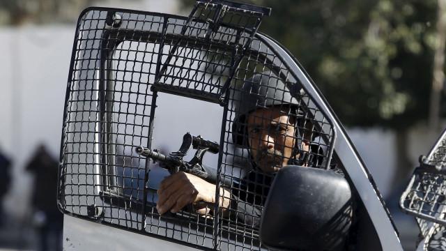 Detidos dois homens na Tunísia que planeavam ataque biológico na Alemanha