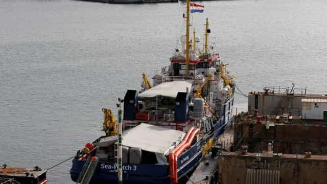 Sea Watch 3, um navio parado à espera de salvar pessoas