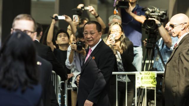 Chefe da diplomacia norte-coreana aguardado terça-feira em Teerão