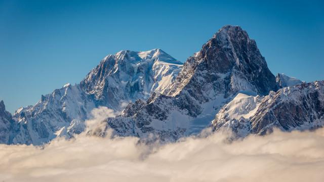 Avião que se despenhou nos Alpes Suíços tinha capacidade para 20 pessoas