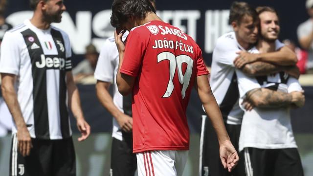 Benfica emite comunicado sobre João Félix e nega negociações