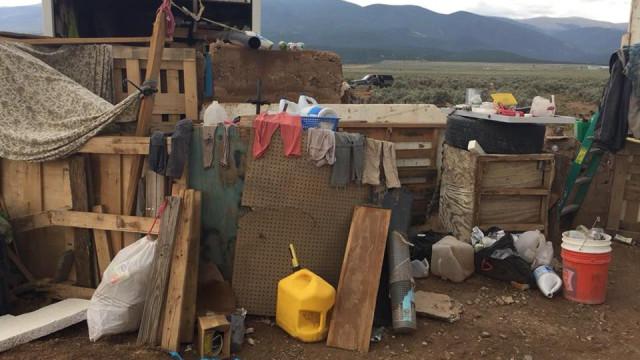 Resgatadas 11 crianças de caravana nos EUA. Dois homens armados detidos