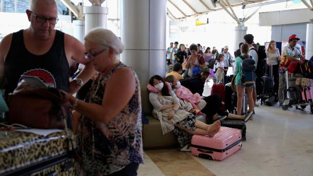 Cerca de 700 turistas aguardam resgate nas ilhas Gili, após sismo