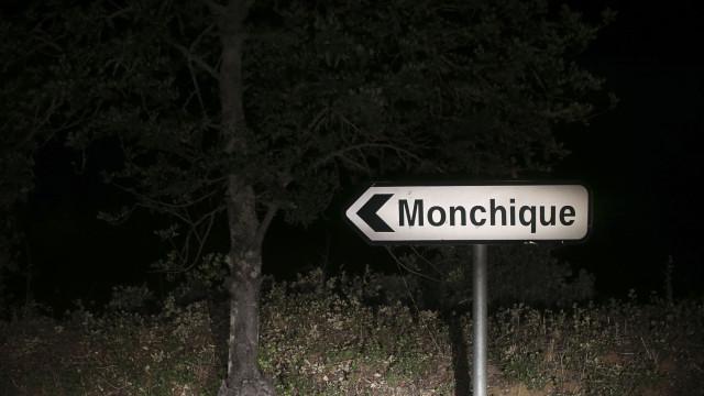 """Fogo em Monchique está """"mais tranquilo"""""""