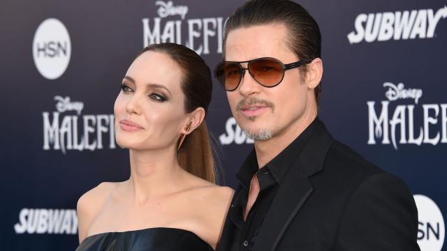 Rancor? Brad Pitt retira fotografia de Angelina Jolie de casa