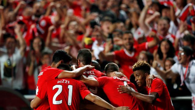 Um por um: Ala esquerda do Benfica mantém vivo o sonho dos milhões
