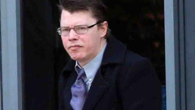 Homem enfrenta pena de prisão por posse de pornografia com animais