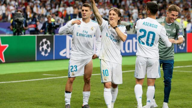 Modric e Kovacic obrigam Real Madrid a desenhar 'plano de emergência'