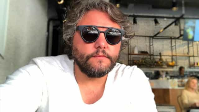 """""""A tragédia espelhada no céu do Algarve"""", afirma César Mourão"""