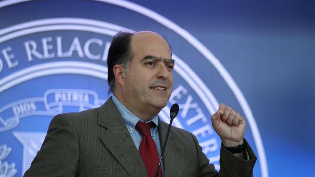 Interpol: Alerta vermelho contra Júlio Borges por atentado contra Maduro
