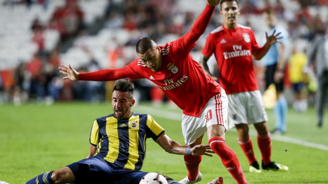 Castillo dá o 'sim' ao América e Benfica até pode lucrar