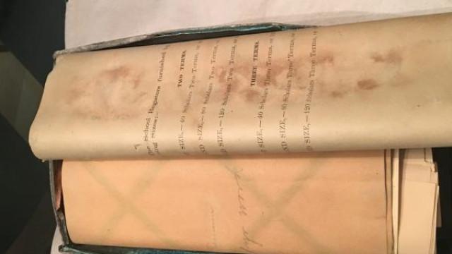 Encontrada cápsula do tempo com 124 anos durante demolição de escola