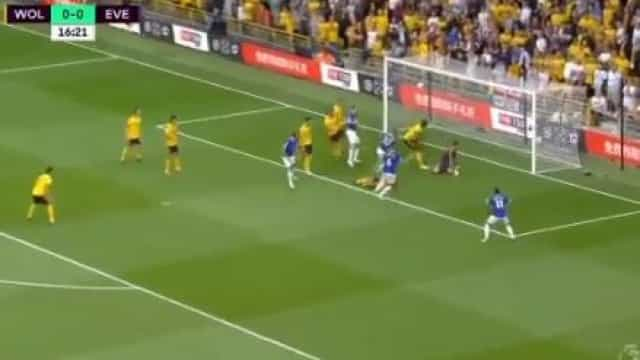Richarlison, no sítio certo, dá vantagem a Marco Silva sobre o Wolves