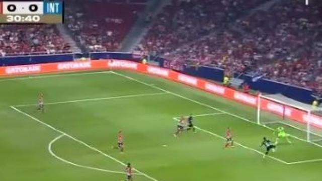 Inter derrota Atlético em jogo particular com golaço de Martínez