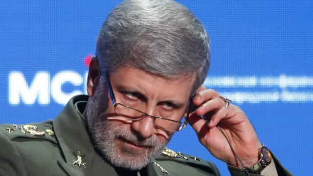 Irão revela novo míssil balístico de nova geração