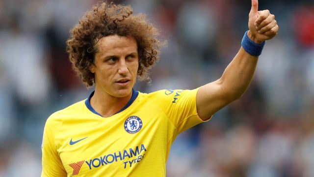 Barcelona: David Luiz pode mudar-se para Espanha já em janeiro
