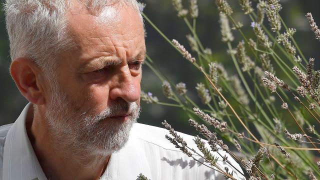 Corbyn colocou flores a alegados autores de atentados de 1972 em Munique