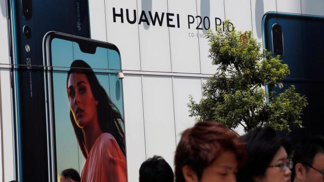 Membros do governo dos EUA proibidos de terem smartphones Huawei e ZTE