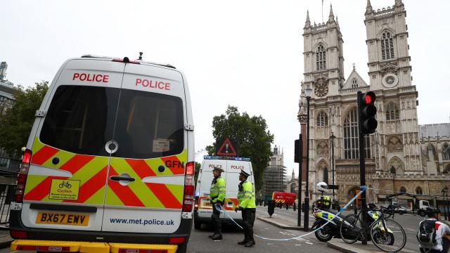 Incidente em Westminster foi intencional, diz polícia