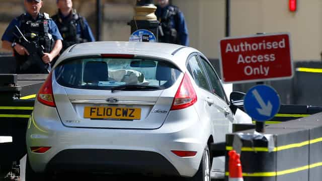Autor de atropelamento em Westminster acusado de tentativa de homicídio