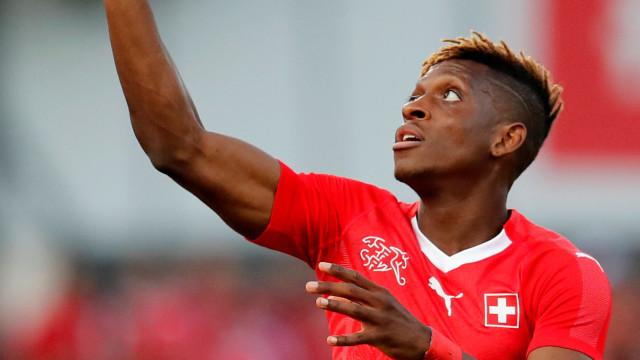 """Moubandje """"muito entusiasmado"""" com interesse do FC Porto"""