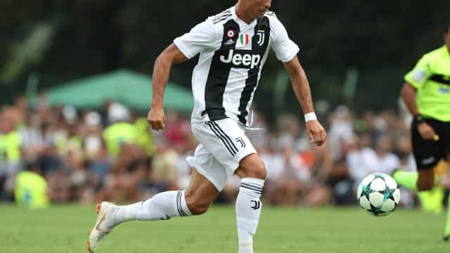 Allegri confirma titularidade de Ronaldo e Cancelo no arranque da Serie A
