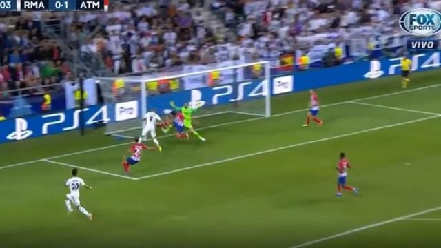 Cruzamento de Bale e cabeceamento de Benzema para o empate