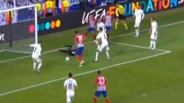 Assistência de Ángel Correa para Diego Costa restabelecer o empate