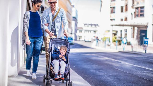 O carrinho de bebé pode estar a por em risco a saúde do seu filho