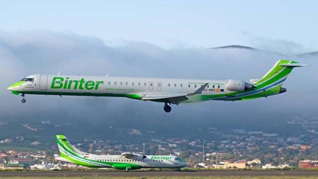 Voo entre Porto Santo e Madeira atrasado devido a ameaça de bomba