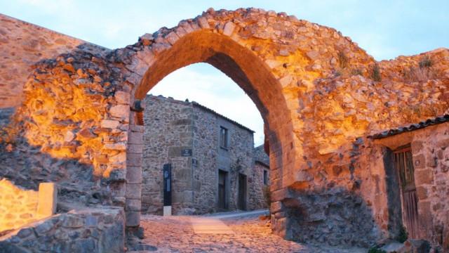 Lenda de amor proibido inspira aldeia histórica de Castelo Rodrigo