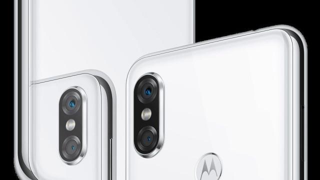 Motorola criticada nas redes sociais por copiar o iPhone X