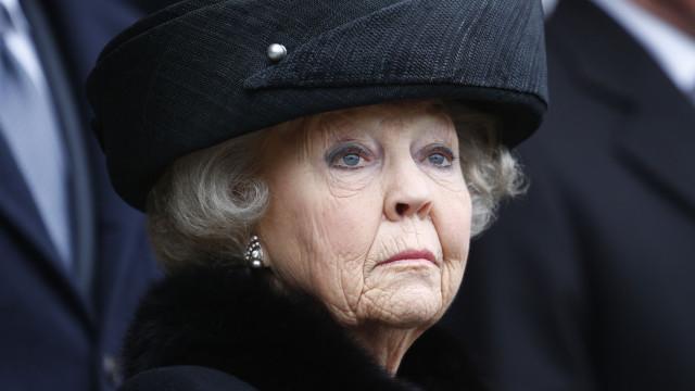 Ativista contra touradas suspeito de planear morte de rainha Beatriz