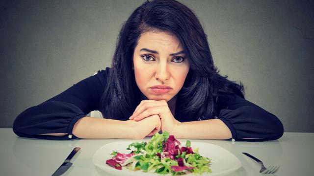 Comer poucos carboidratos reduz expetativa de vida, revela novo estudo