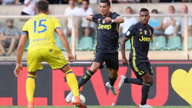 Allegri elogia Cristiano Ronaldo e 'perdoa' João Cancelo