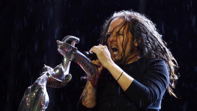 Morreu a mulher do vocalista dos Korn