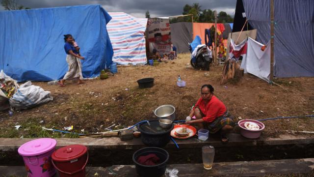 Novo balanço aponta para 13 mortos em sismo nas ilhas de Lombok e Sumbawa