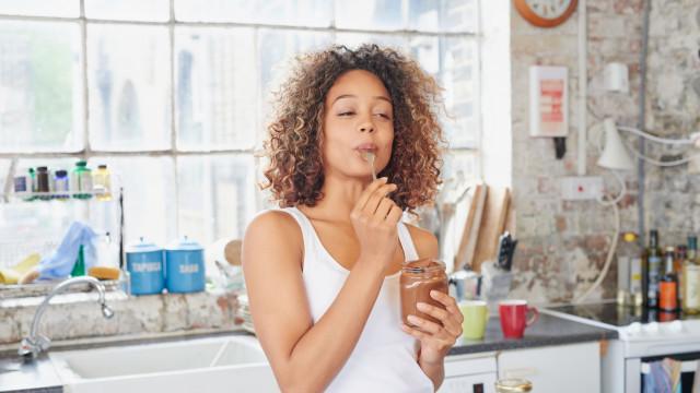 Para ter sucesso numa dieta foque-se… na sua saliva
